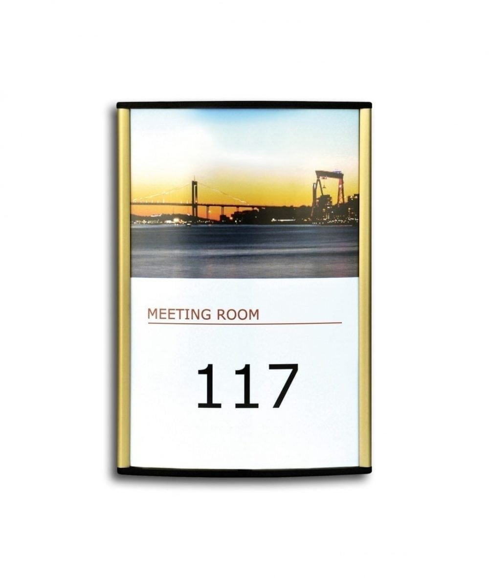 room-sign-curved-gold