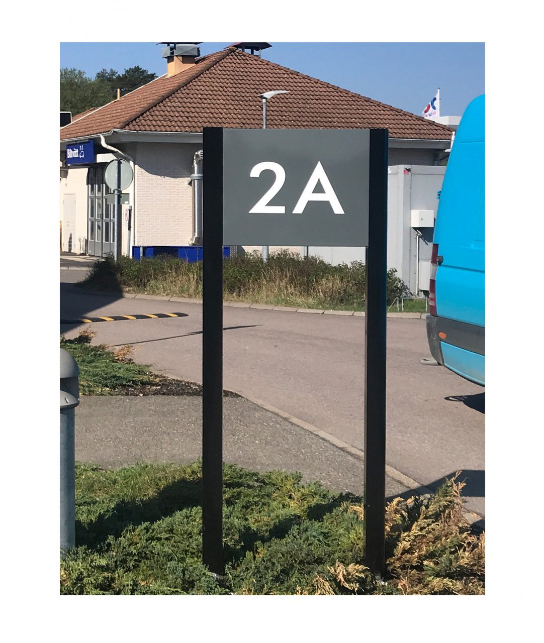 Freestanding sign – TOTEM (TM230)